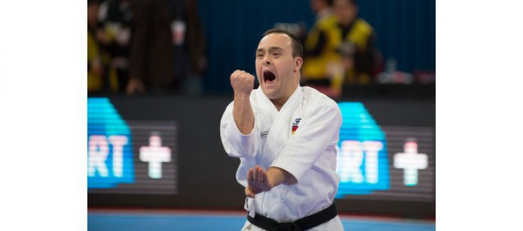 OVER 20 COUNTRIES 1ST WORLD CHAMPIONSHIPS FOR PERSONS WITH DISABILITIES